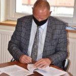 Podpisanie umowy - lampy solarowe (2)