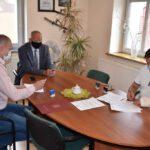Podpisanie umowy - lampy solarowe (5)