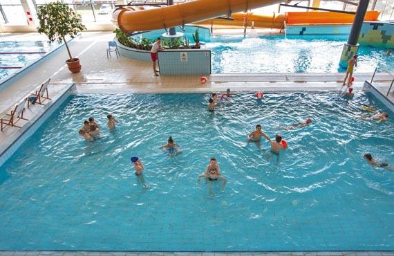 Zapraszamy na wyjazdy na basen do Kłodzka podczas FERII ZIMOWYCH_02
