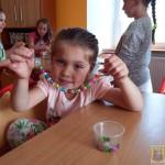 Robienie biżuterii na Dzień Matki (10)