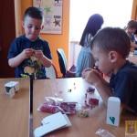 Robienie biżuterii na Dzień Matki (12)