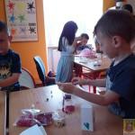 Robienie biżuterii na Dzień Matki (6)