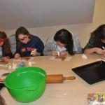 Warsztaty piernikarskie w Gimnazjum (13)