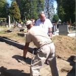 Remont alejek na cmentarzu (4)
