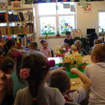 W wiosennej aurze w bibliotece (5)