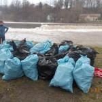 Akcja sprzątania rzeki (4)