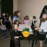Zabawa andrzejkowa w Janowcu (2)