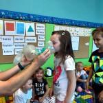 Wizyta strażaków w przedszkolu (17)