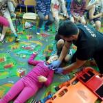 Wizyta strażaków w przedszkolu (22)
