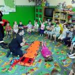 Wizyta strażaków w przedszkolu (31)