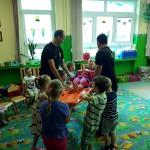 Wizyta strażaków w przedszkolu (43)