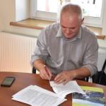 Podpisanie umowy - ul. Główna (3)